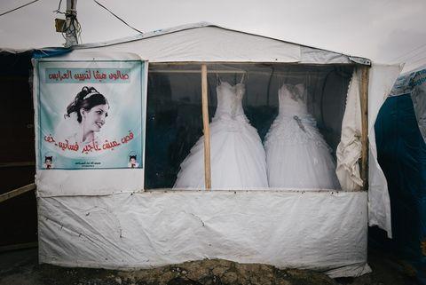 abiti da sposa, campo profughi Iracq
