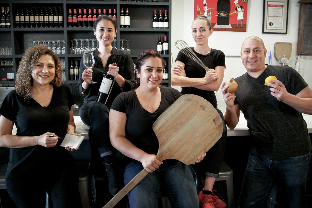 A San Fransisco Pizzeria Is Providing Work and Comfort For the Deaf Community