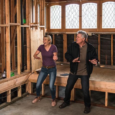 hgtv brady bunch house renovation