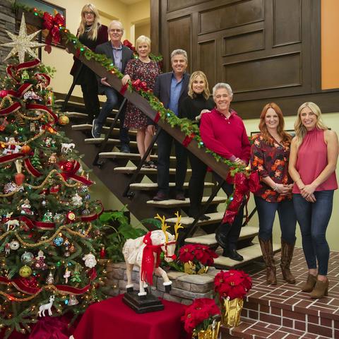"""HGTV """"A Very Brady Renovation: Holiday Edition"""" Details"""