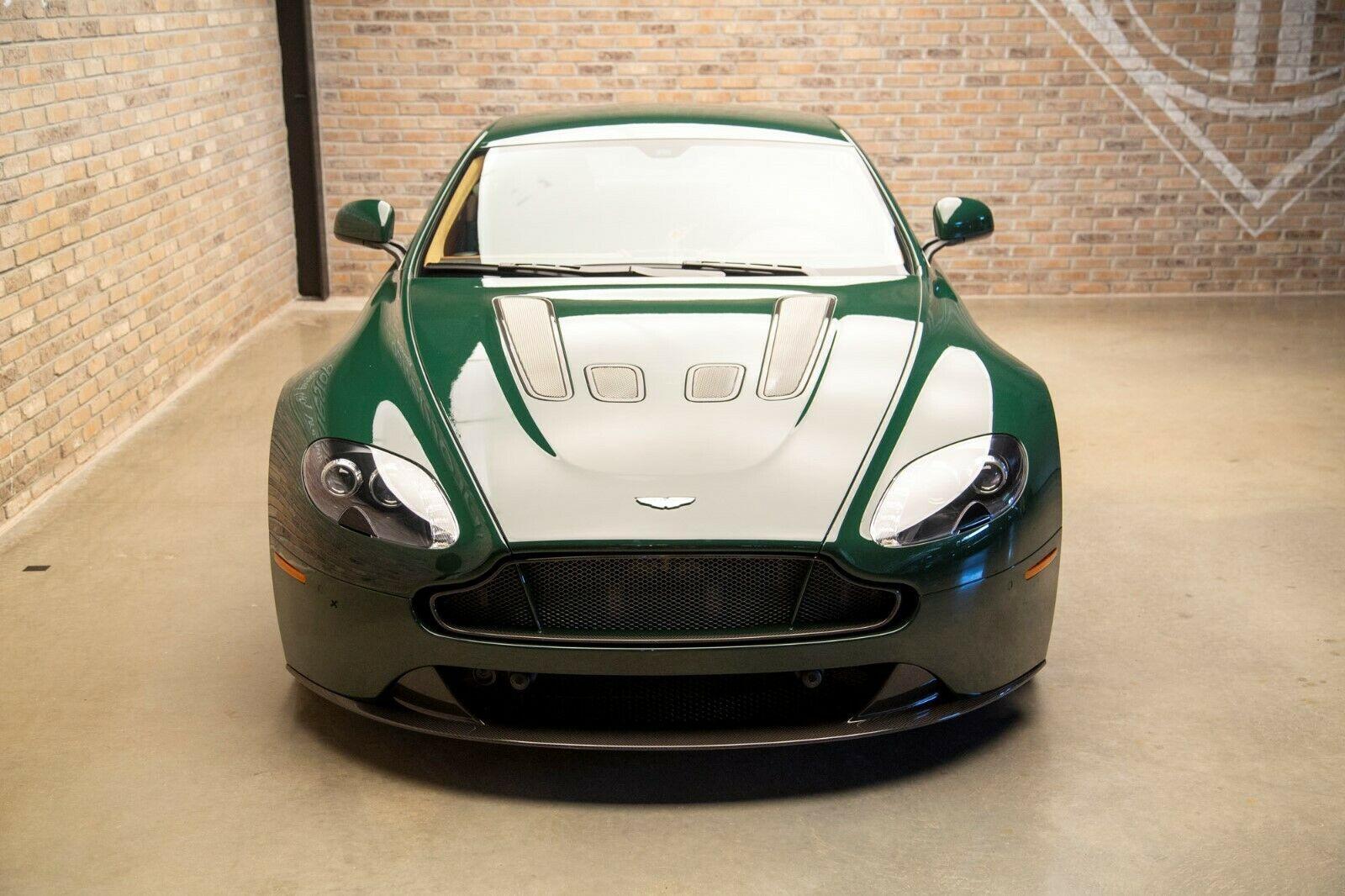 Manual 2017 Aston Martin V12 Vantage S For Sale