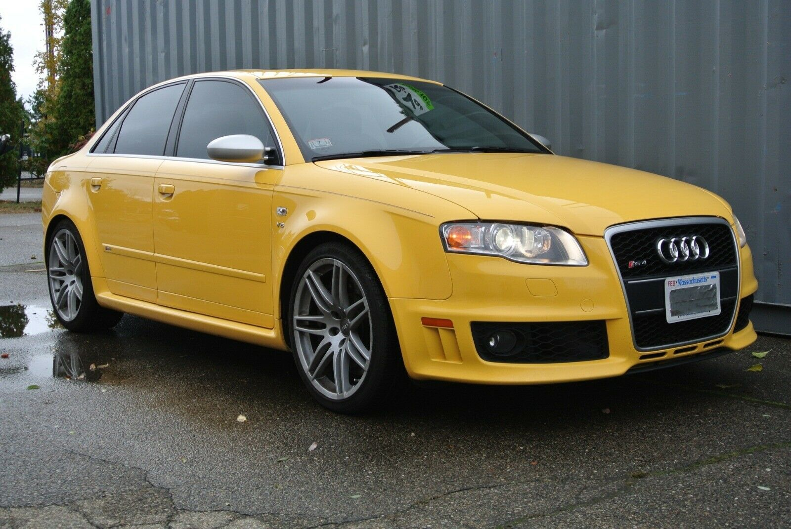 Spice Up Your Daily Commute With This Imola Yellow Audi RS4