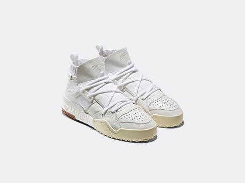 Footwear, Shoe, White, Product, Beige, Sneakers, Walking shoe, Athletic shoe, Plimsoll shoe, Outdoor shoe,