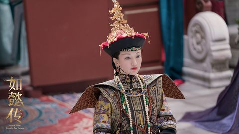 Tradition, Fashion, Temple, Headgear, Taiwanese opera, Performance, Photography, Headpiece, Child, Fashion accessory,