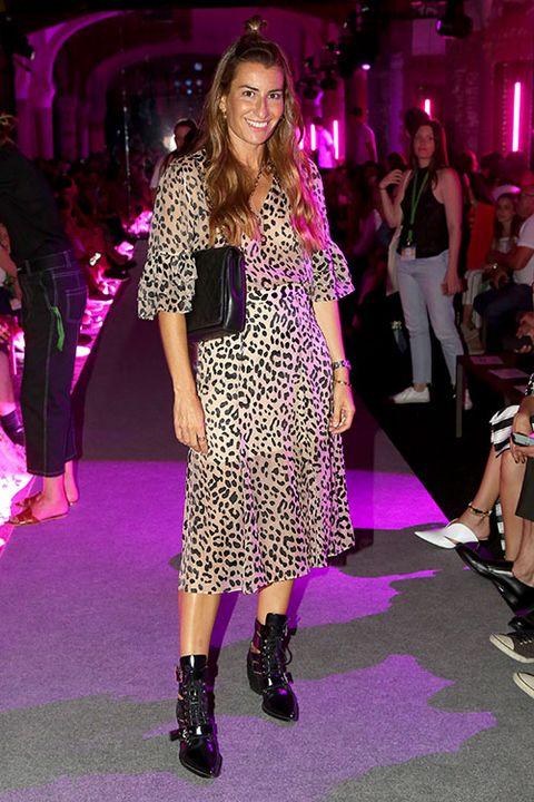 Fashion, Fashion model, Fashion show, Footwear, Event, Runway, Dress, Fashion design, Magenta, Haute couture,