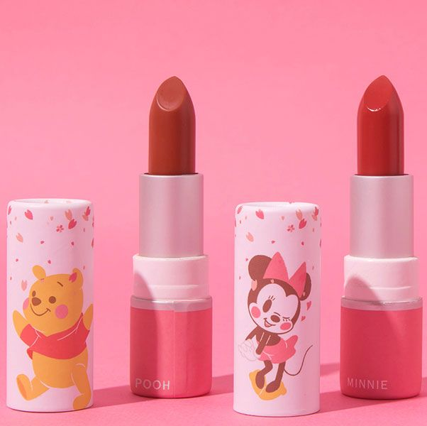 Pink, Lipstick, Cosmetics, Product, Lip, Beauty, Lip care, Tints and shades, Material property, Liquid,