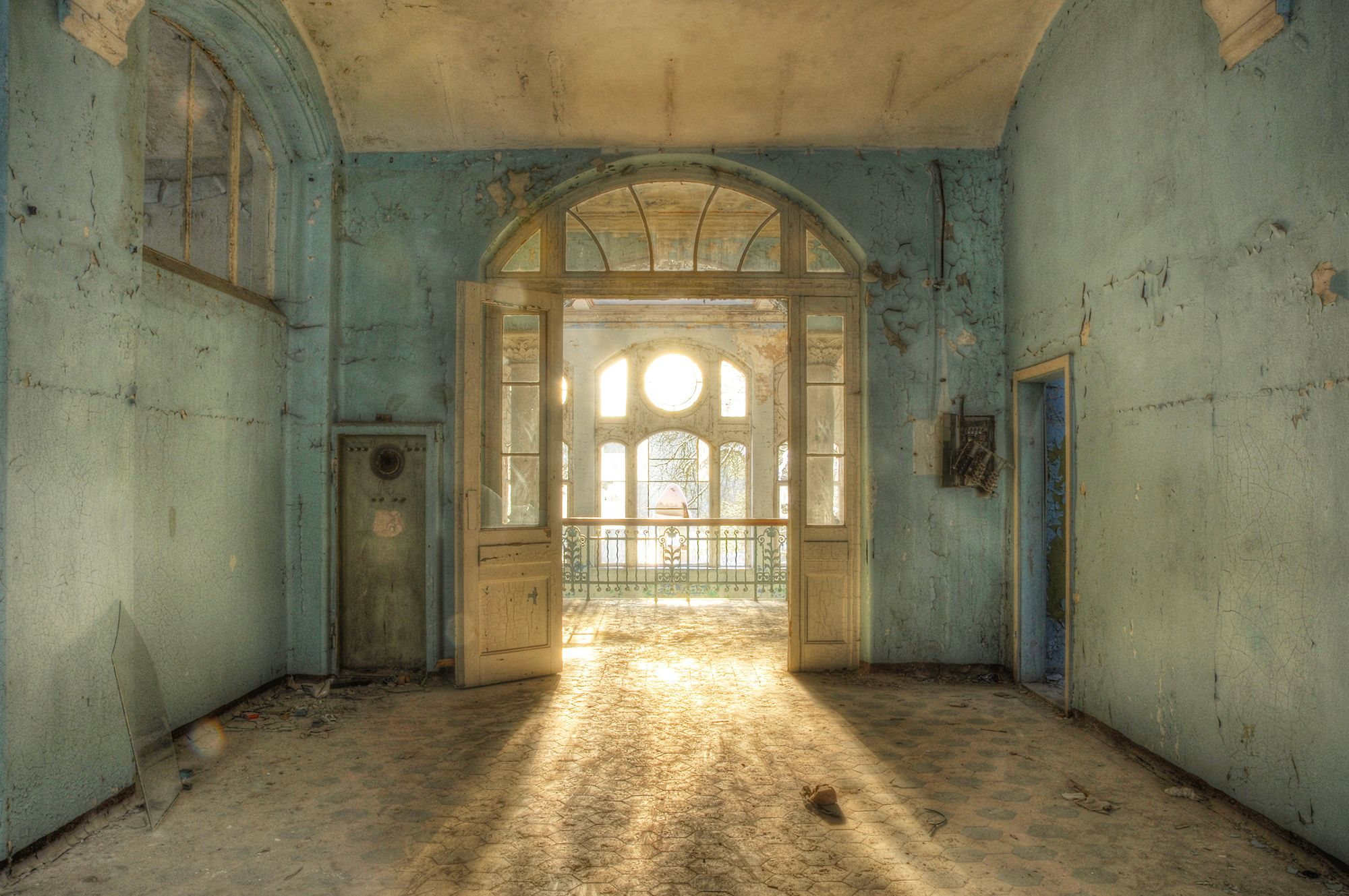 37 Most Beautiful Abandoned Places Abandoned Ruins And Buildings