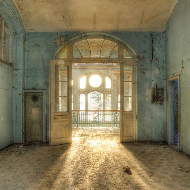 30 Most Beautiful Abandoned Places Abandoned Ruins And