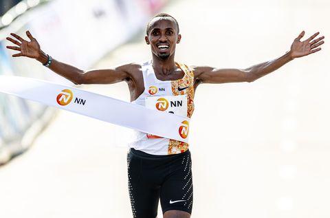 Abdi Nageeye start NN Marathon Rotterdam