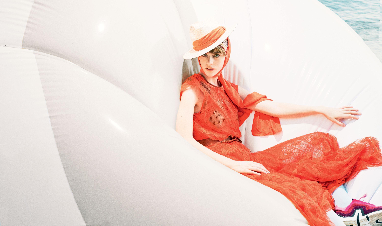 Vestiti colorati moda 2019: i modelli tendenza moda