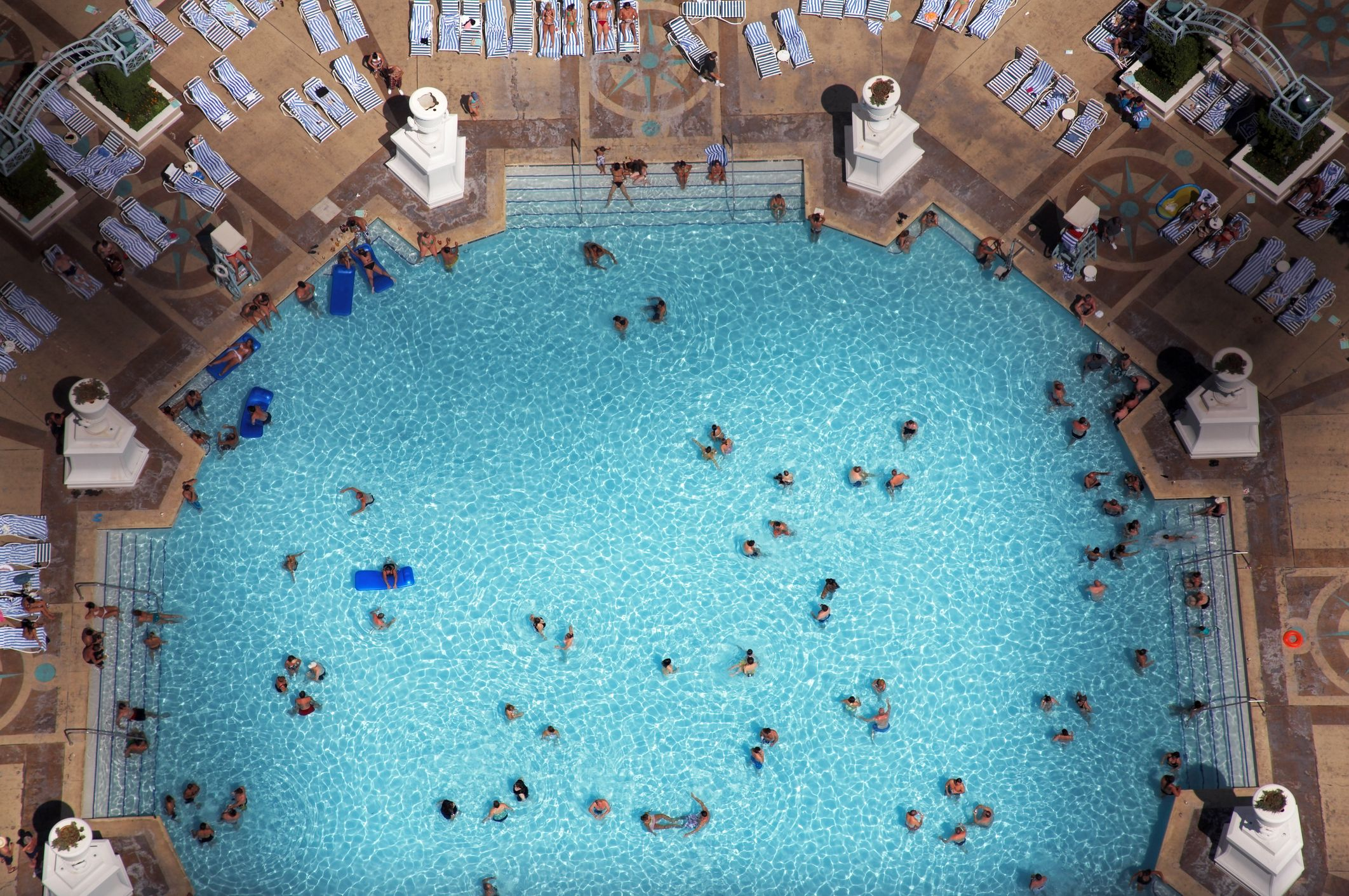 CDC Warns That If A Pool Smells Like Strong Chlorine It