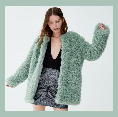 Este abrigo de pelito de 'low cost' es todo lo que necesitas