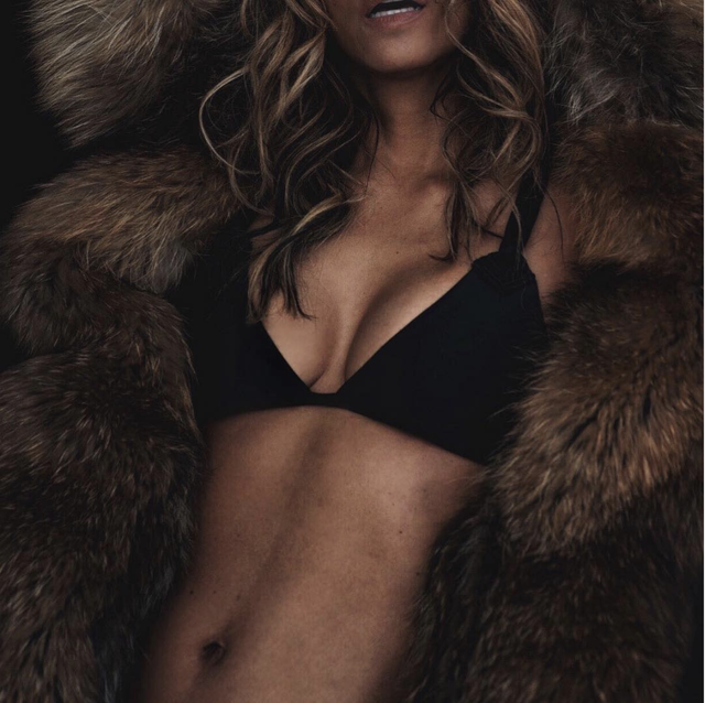 halle berry abs