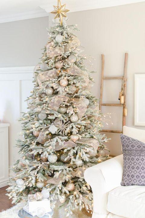 33 Unique Christmas Tree Decoration Ideas Pictures Of