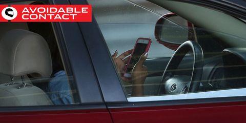 Vehicle door, Vehicle, Car, Automotive exterior, Rear-view mirror, Automotive mirror, Personal luxury car, Family car, Automotive window part, Auto part,
