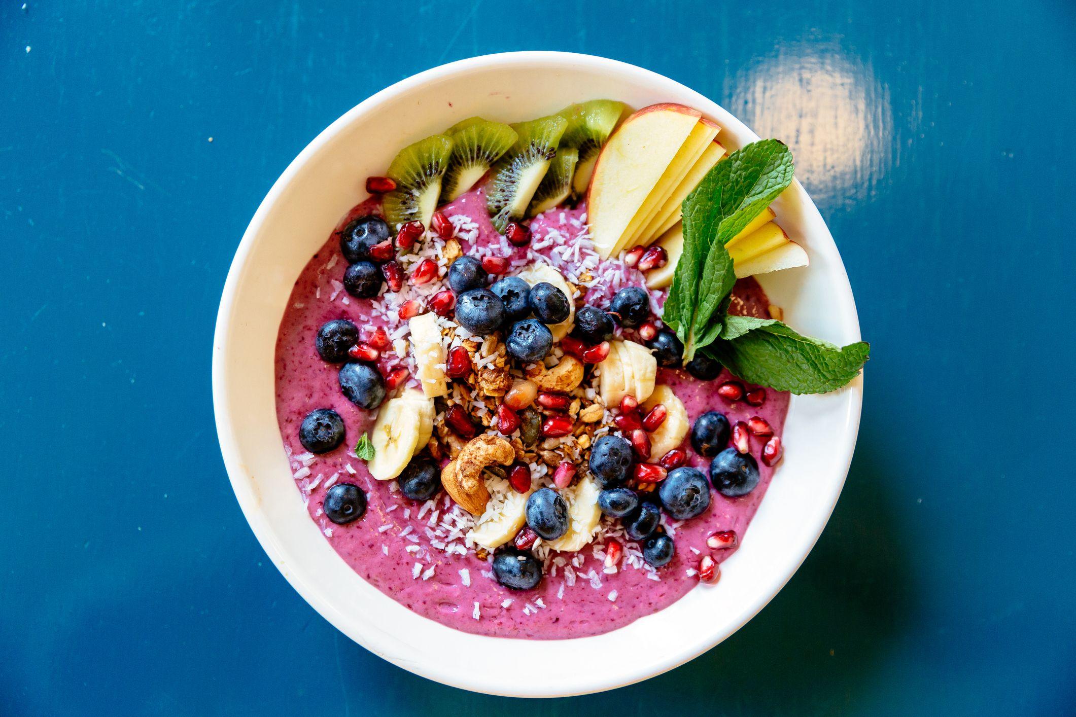 най-добрите идеи за закуска за диабет гръцка купа с кисело мляко