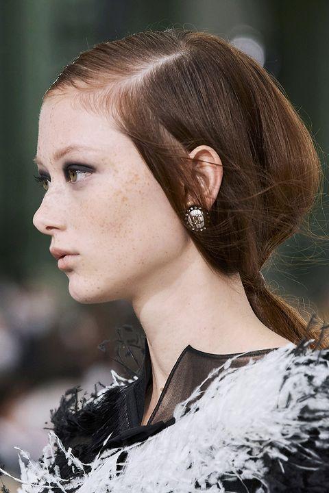 acconciature capelli lunghi 2021