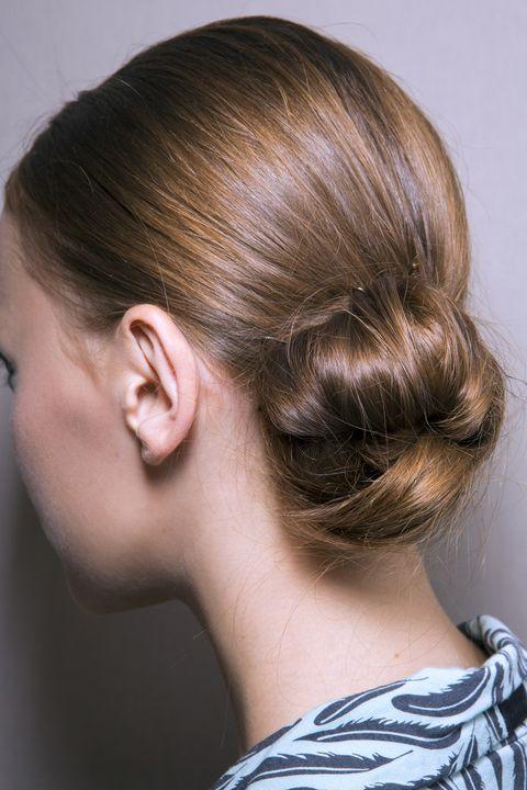 Acconciature capelli raccolti capodanno