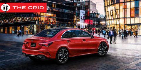 Land vehicle, Vehicle, Car, Automotive design, Mid-size car, Motor vehicle, Luxury vehicle, Rim, Mercedes-benz, Automotive tire,