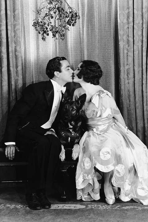 buddy rogers and mary brian kissing