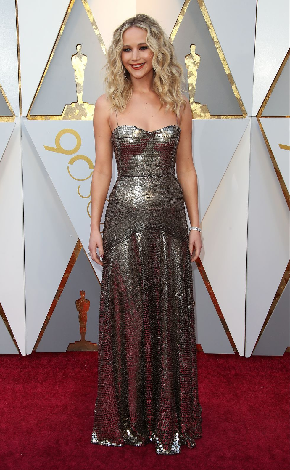 3e75b41baa2 actor-jennifer-lawrence-attends-the-90th-annual-academy-news-photo-927698024-1549525628.jpg