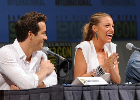 blake lively and ryan reynolds at the green lantern panel at comic con 2010