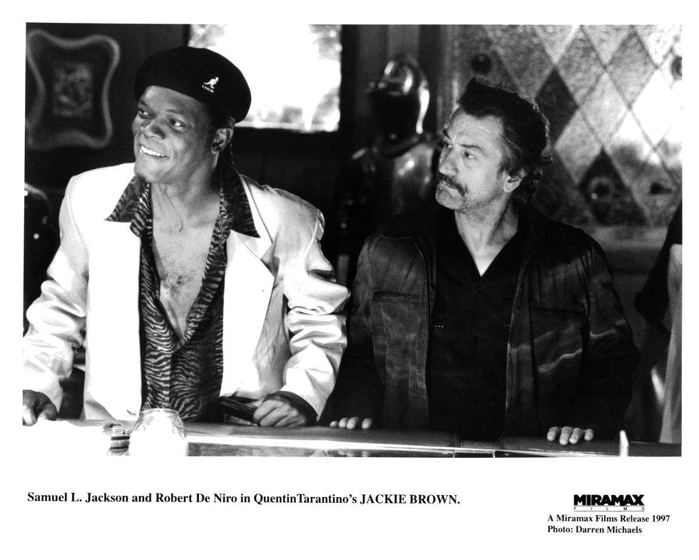 Jackie Brown (1997) Jackson and Robert De Niro sit a bar in Jackie Brown .