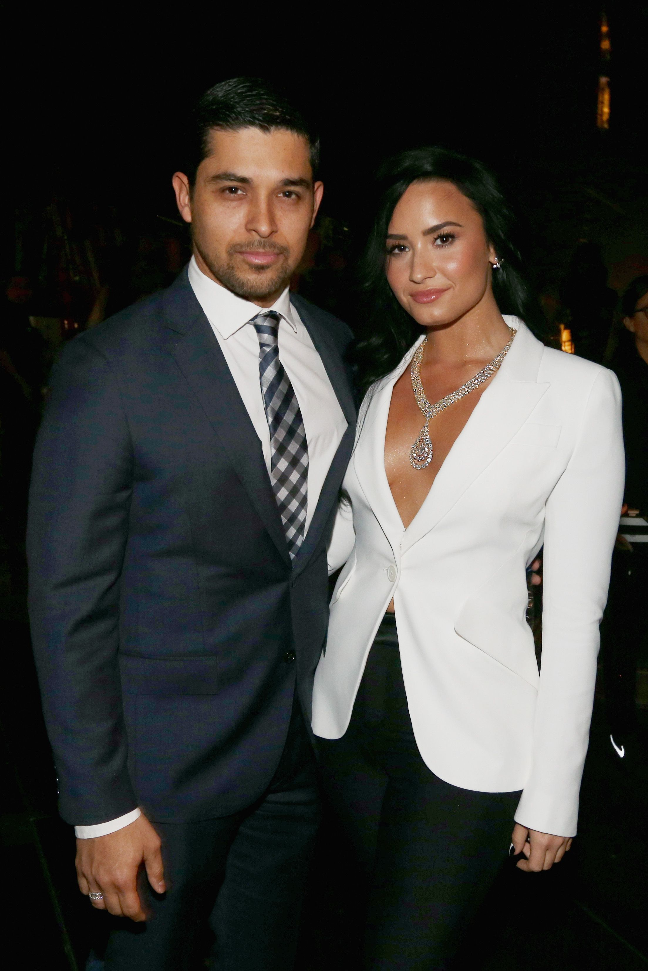 Who Is Demi Lovato Dating Her Relationship History Boyfriends