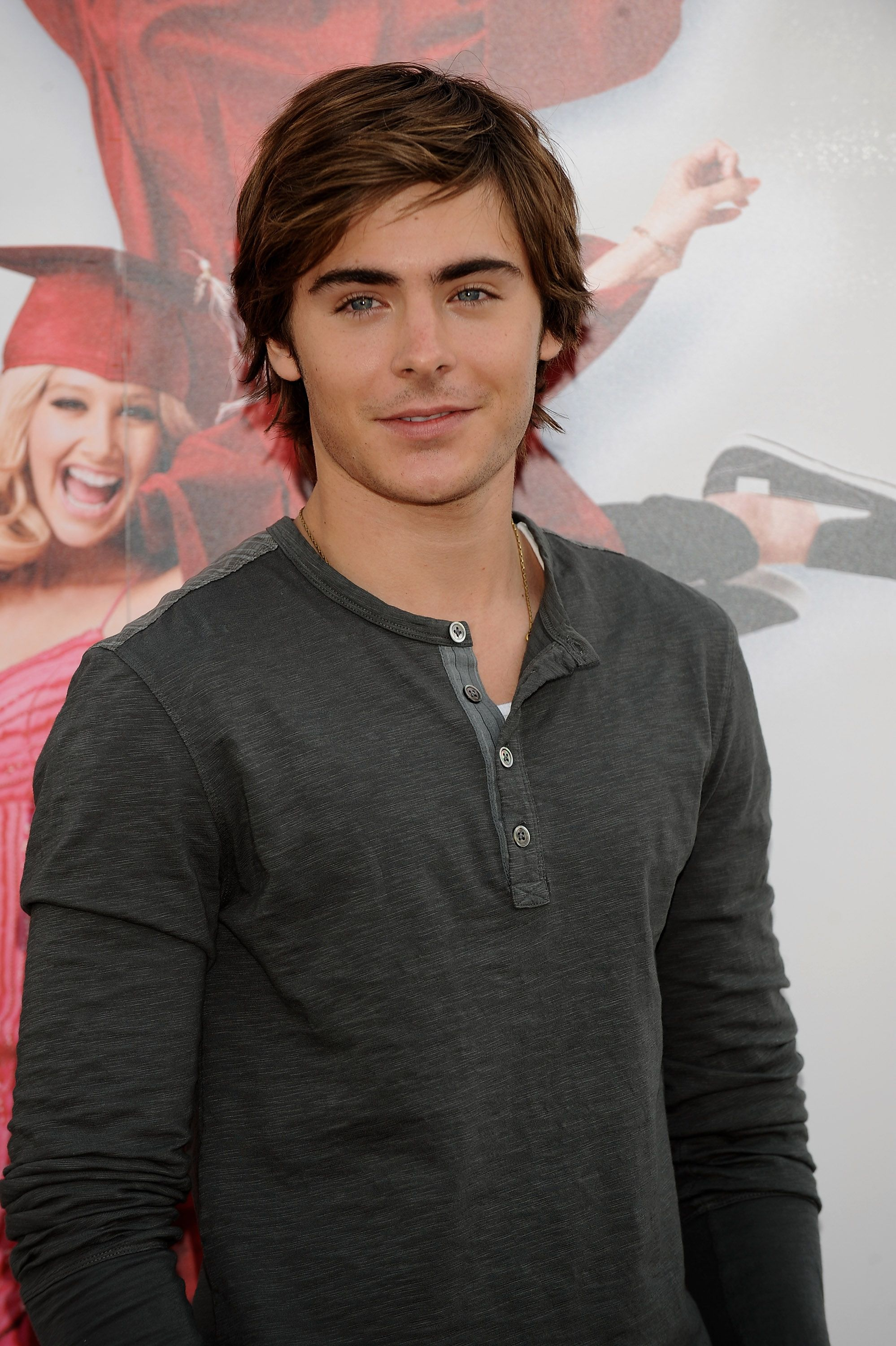 10 Best Zac Efron Hairstyles of All Time for Men to Try