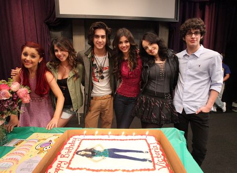 The cast of Victorious