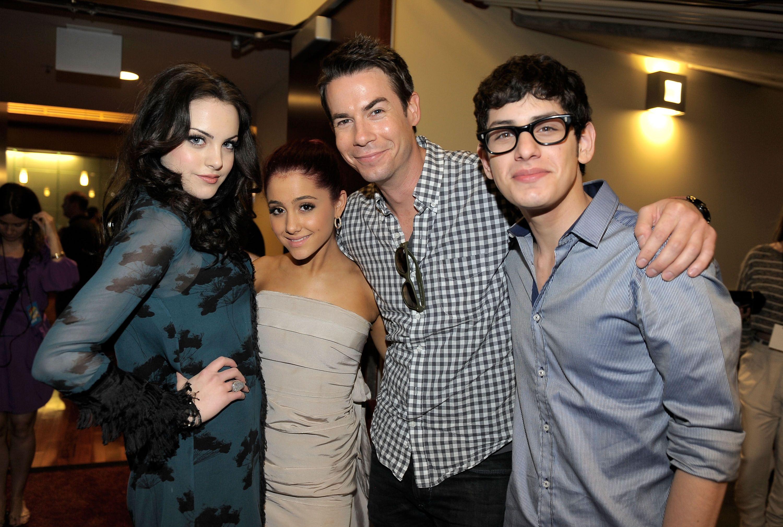 Wie is Ariana Grande dating 2011