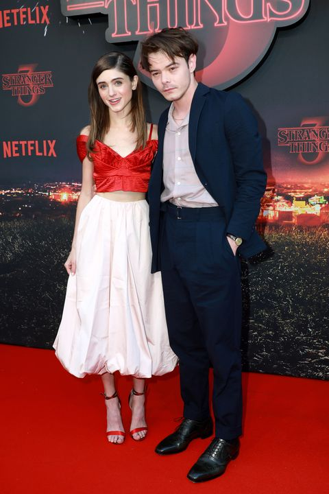 "Premiere Of Netflix's ""Stranger Things"" : Natalia Dyer Charlie Heaton"