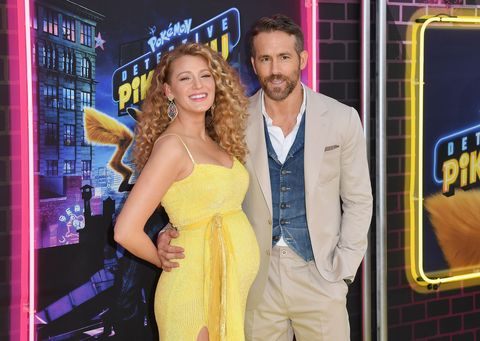 Blake Lively Just Revealed She S Pregnant With Baby 3 On The Red