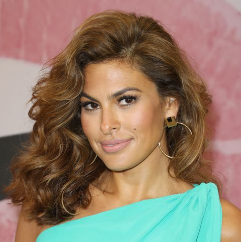 new york  company celebrates store opening with eva mendes