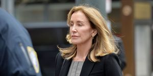 felicity huffman pleads guilty college admissions scandal court