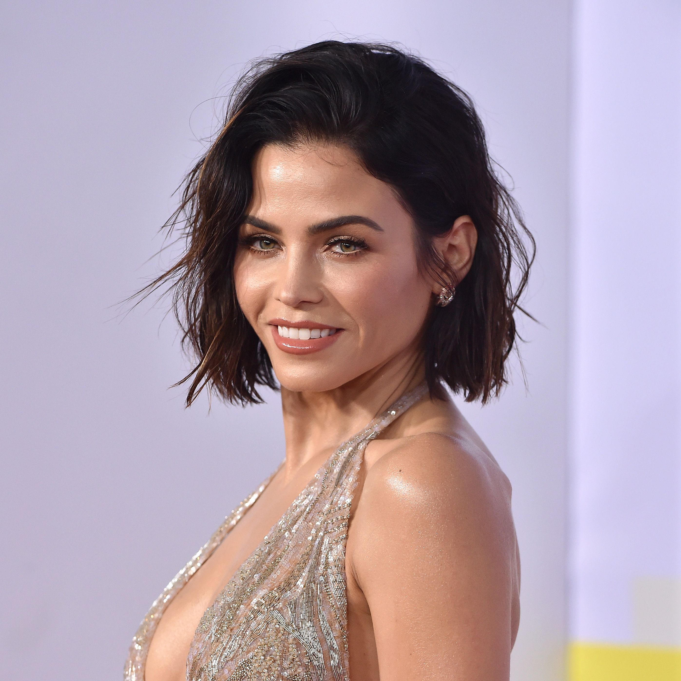 Jenna Dewan's Hotel Workout Will Make You Tired Just Watching It