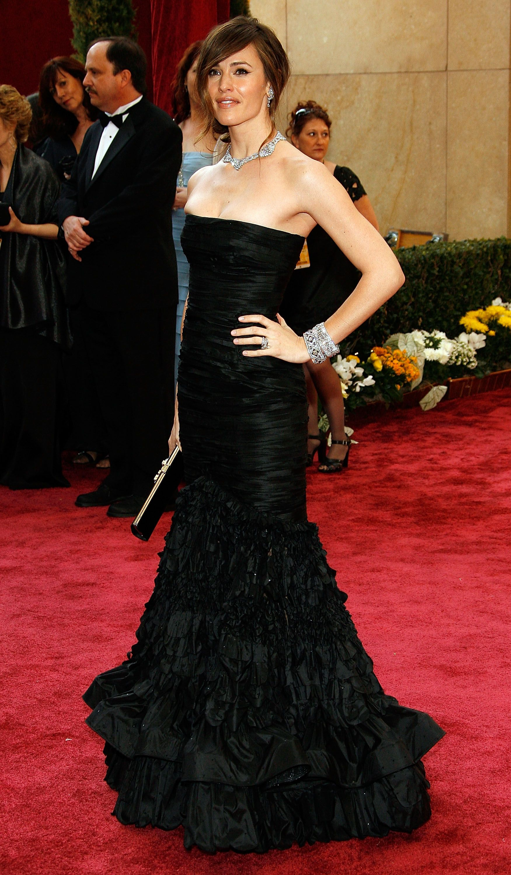 February 24, 2008 In Oscar de la Renta at the 80th annual Academy Awards in Hollywood.