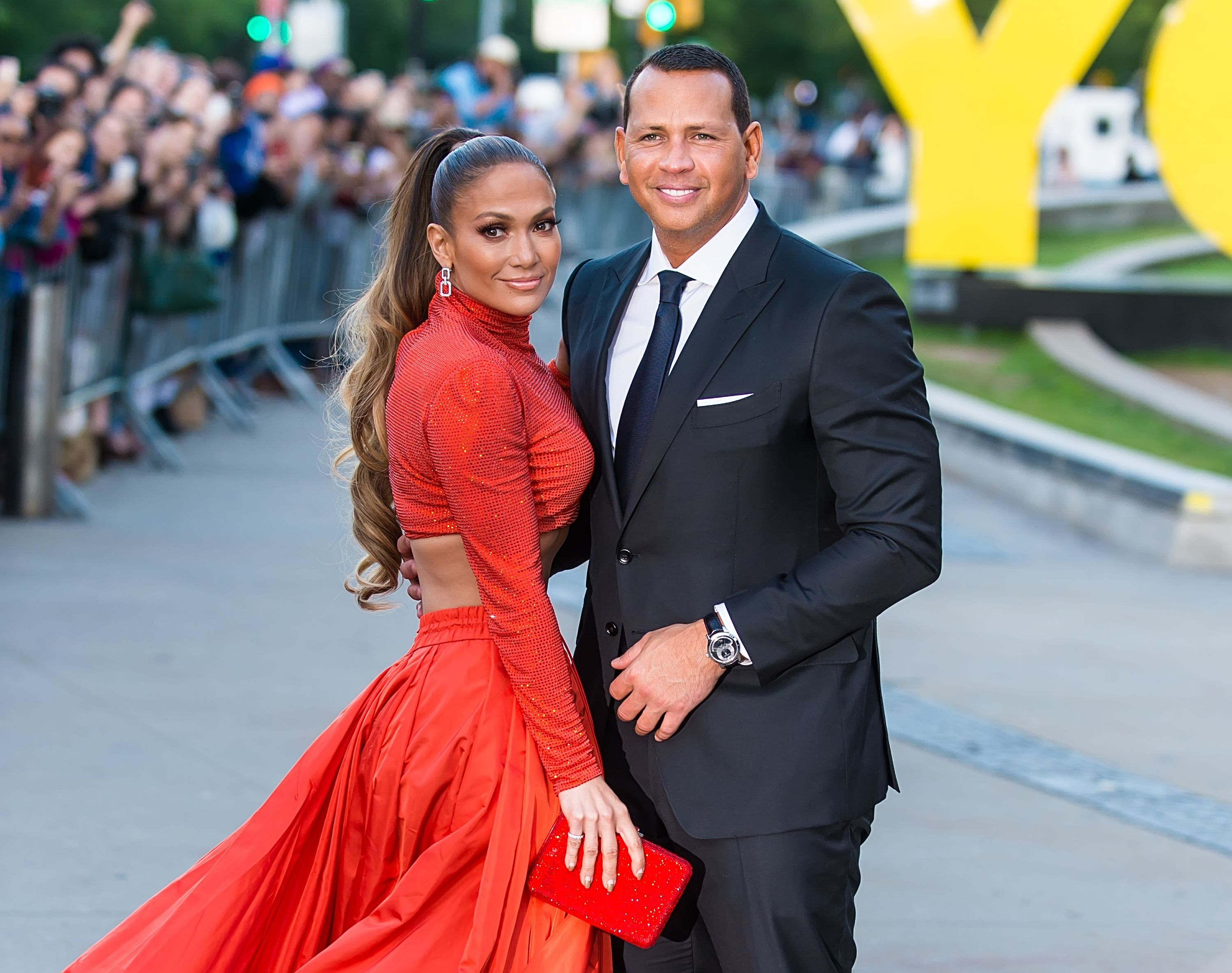 Jennifer Lopez And Alex Rodriguez Made A Line Of Healthy Meals For Walmart