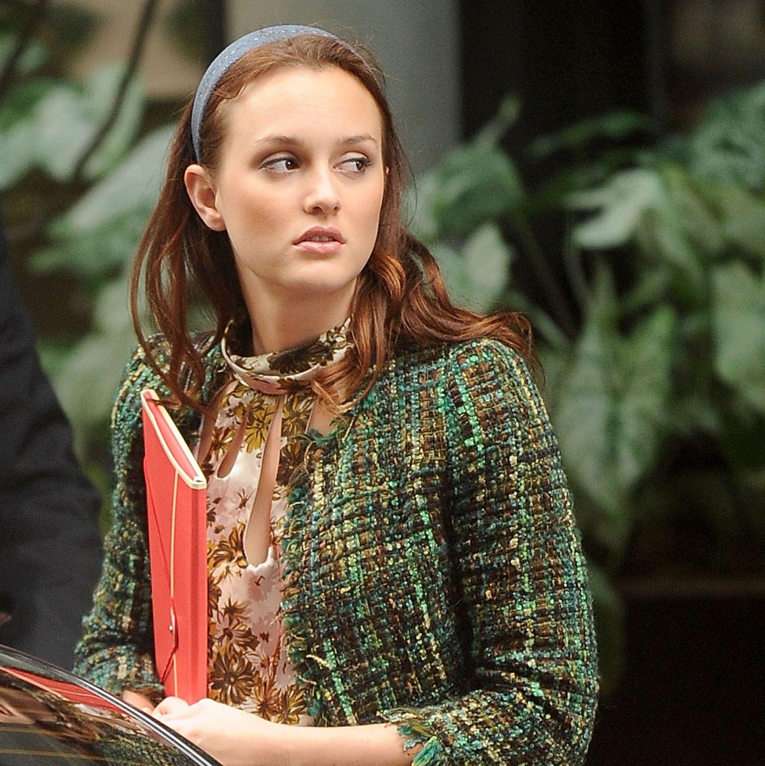On Location For 'Gossip Girl' In New York City - September 3, 2010