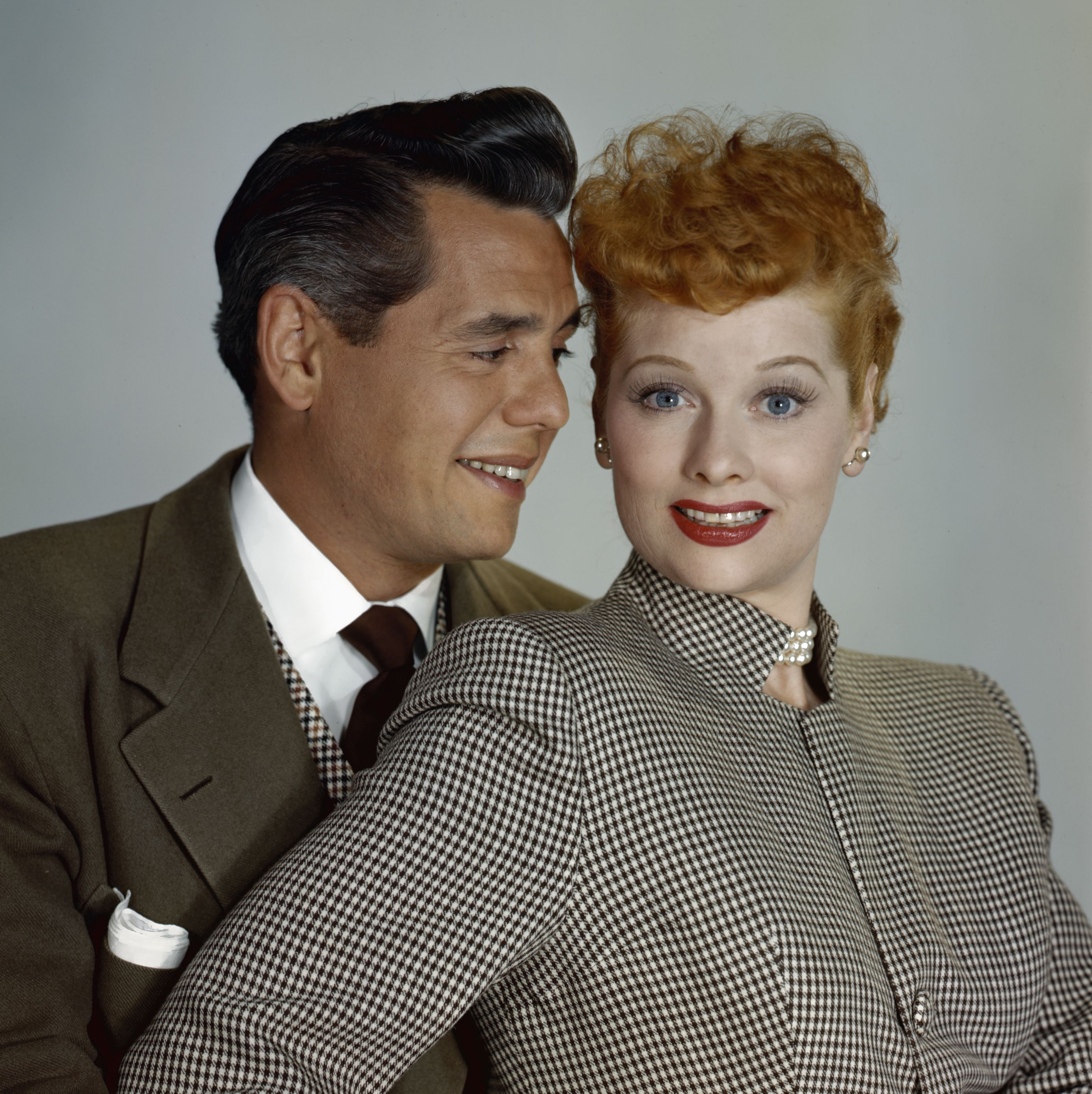 Desi Arnaz and Lucille Ball Desi and Lucy were a huge couple in the '40s and '50s—both onscreen and off, costarring in the hit TV show I Love Lucy . However, the couple was volatile offscreen and Lucy filed for divorce in 1944, but they reconciled.