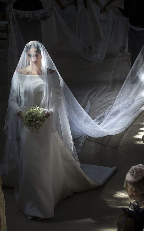 meghan markle royal wedding dress