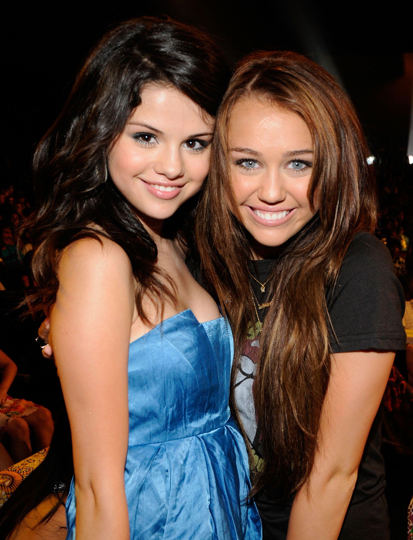 "Selena Gomez Reveals Bipolar Diagnosis on Miley Cyrus' ""Bright Minded"""