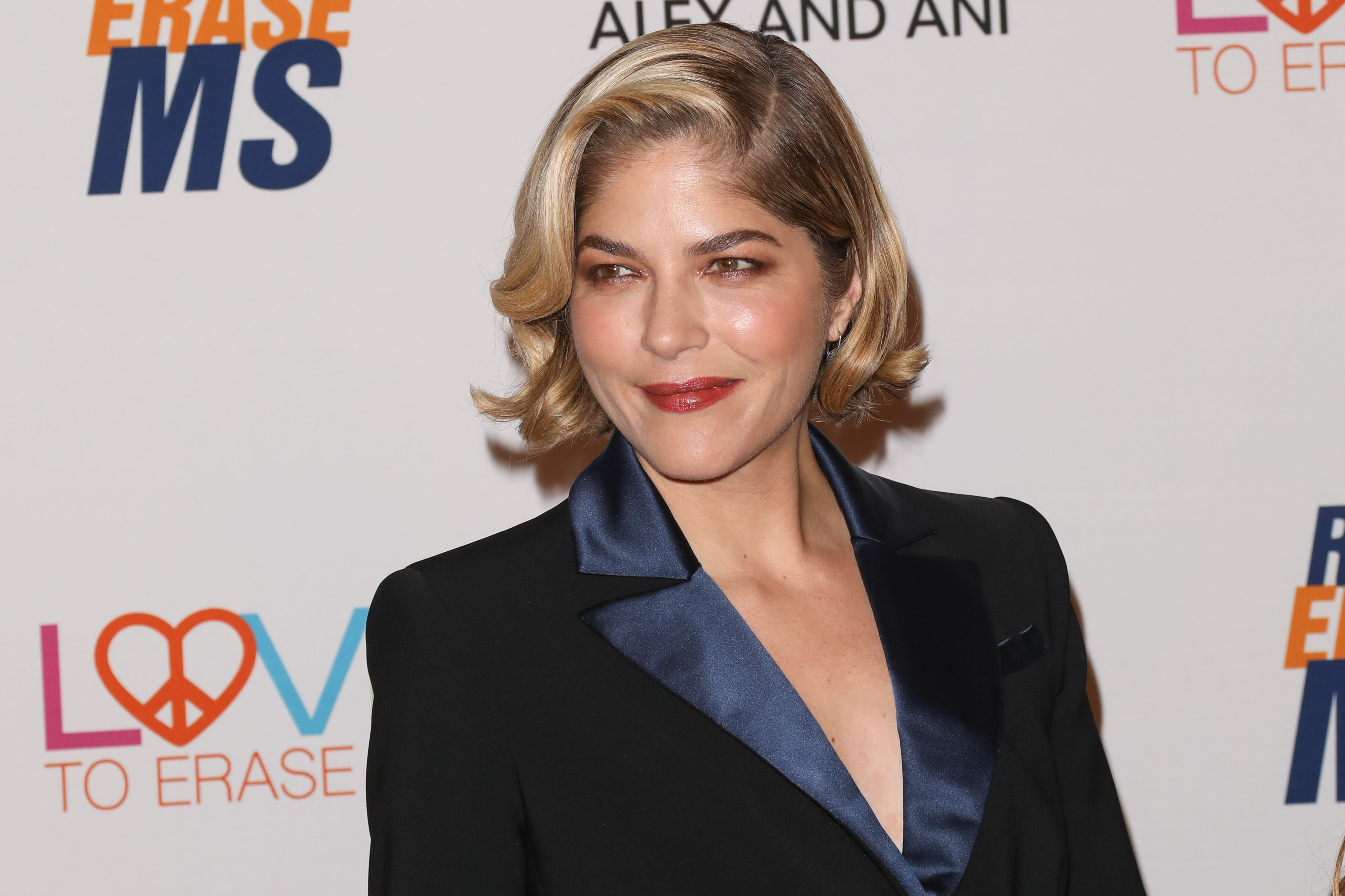 Selma Blair Just Posted a Bald Photo—With Her Bare Butt Showing