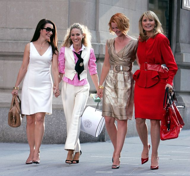 """kristin davis, sarah jessica parker, cynthia nixon and kim cattrall on location for """"sex and the city the movie""""   september 21, 2007"""