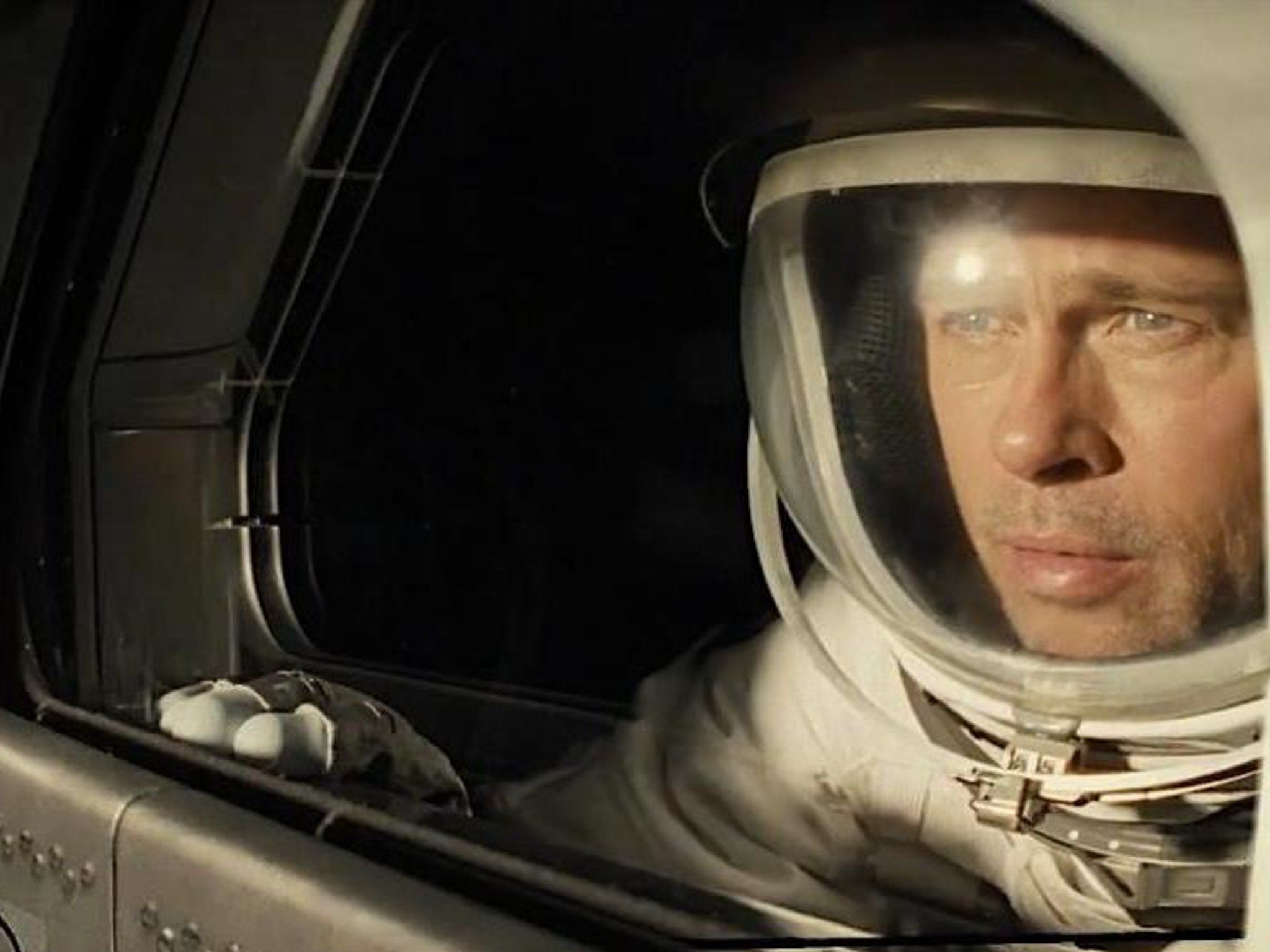 Ad Astra's Newest Trailer Shows Why Brad Pitt's New Movie Deserves The IMAX Treatment