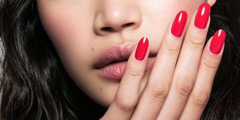 The 5 Best Tricks For Fixing A Broken Nail