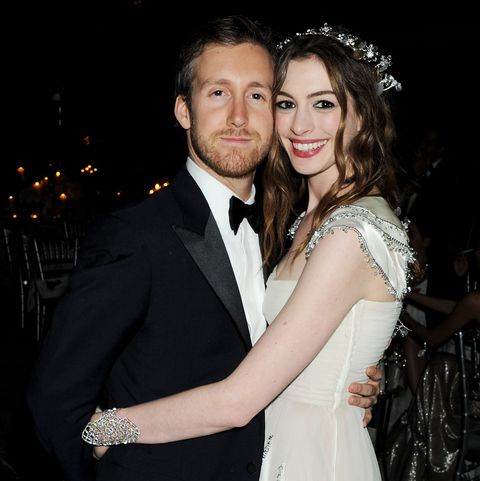 Anne Hathaway Wedding.Who Is Adam Shulman Anne Hathaway S Husband Facts