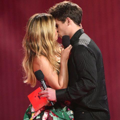 mtv best kiss award