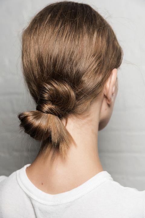 Hair, Hairstyle, Neck, Chin, Chignon, Bun, Hair coloring, Long hair, Brown hair, Back,