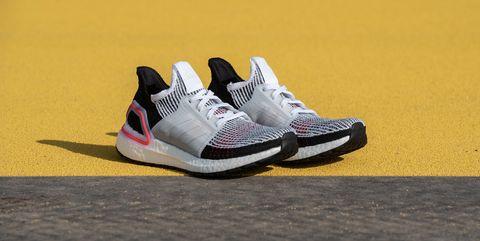 09945f82ee3 Adidas se adelanta a todos y saca las primeras zapatillas de running ...
